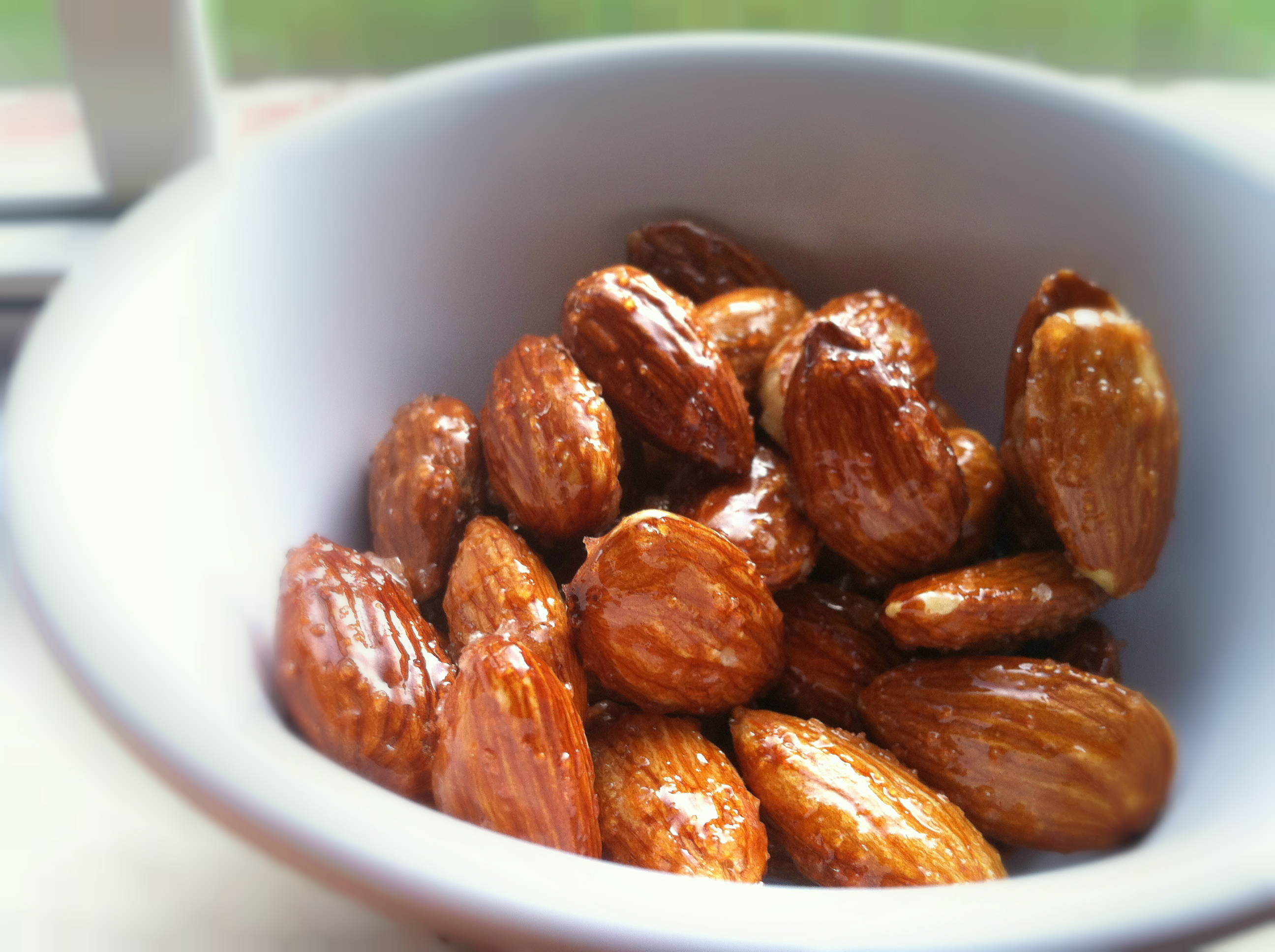 No Oven Honey Roasted Almonds Kitchen Cici Almond Can I Get A U
